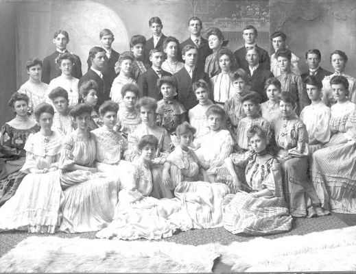 La Porte High School Seniors - 1908